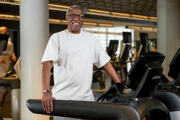 COPD patient, Ronny, on the treadmill